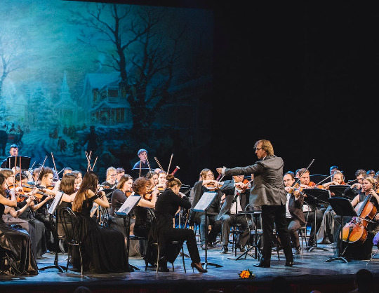 Симфонический оркестр театра «Мюзик-Холл» «Северная симфония». Дирижер - Фабио Мастранджело