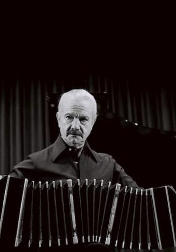 Астор Пьяццолла. Концерт в день 100-летия со дня рождения композитора logo