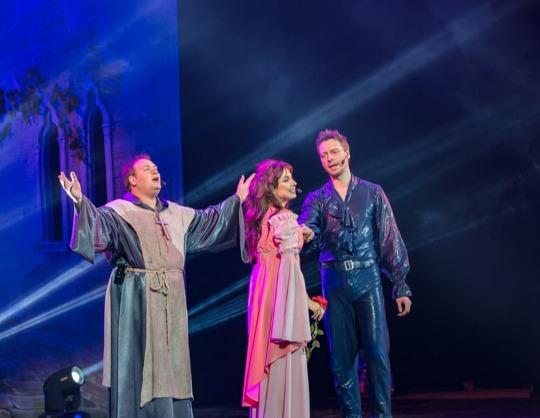 Нотр дам де пари и Ромео и Джульетта