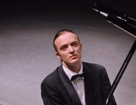 Александр Лубянцев. Фортепианный вечер