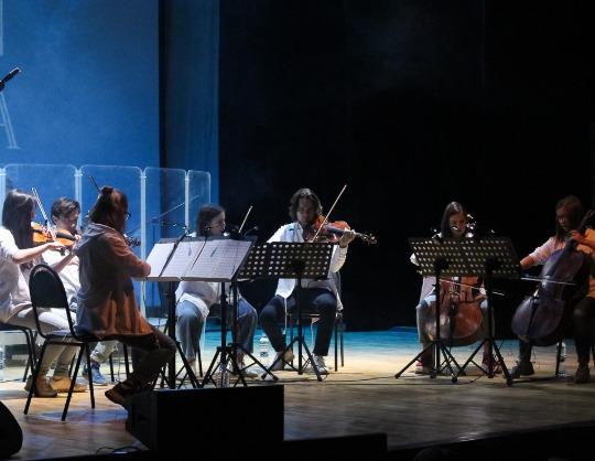 Bohemian Orchestra. Хиты Queen