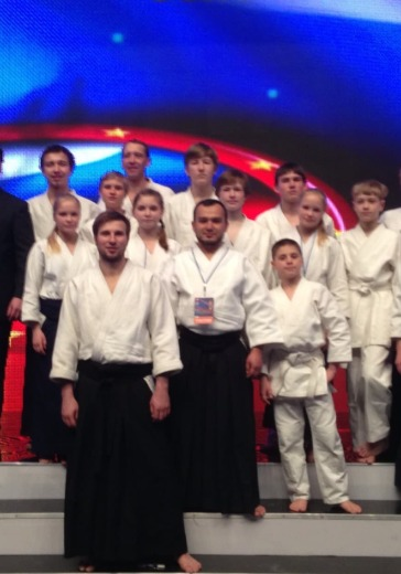 """Ежегодная Церемония вручения Национальной премии в области боевых искусств """"Золотой пояс"""" logo"""