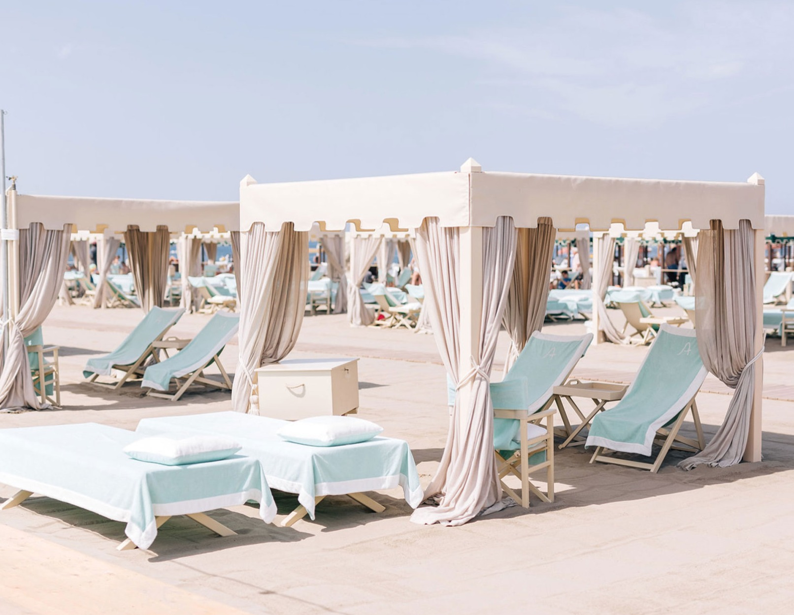 Alpemare Beach Club