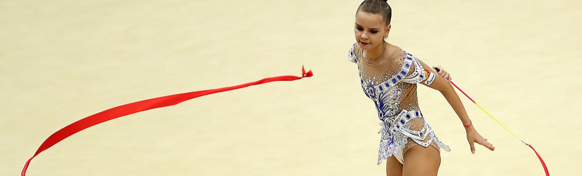 Гимнастке всегда есть чем удивить зрителей