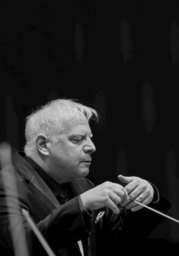 Оркестр Московской филармонии, Станислав Кочановский, Люка Дебарг logo