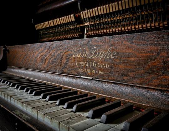 Брамс и Скрябин. Фортепианный вечер