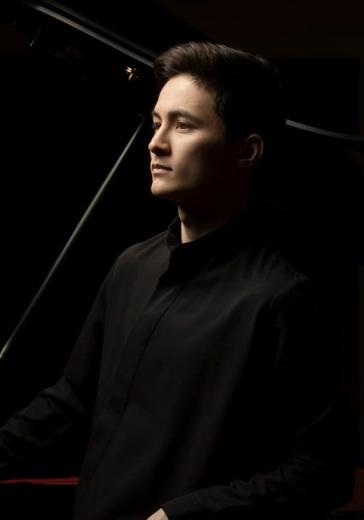 Арсений Мун. Фортепианный вечер logo