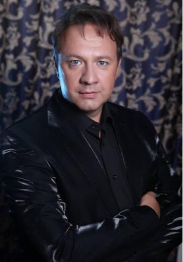 Александр Захаров. «Время-река» logo