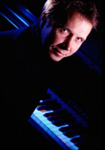 Михаил Плетнев, фортепиано. Бетховен. logo