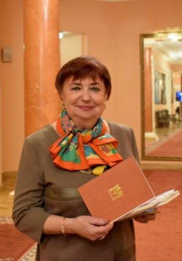 Гостиная Людмилы Жумаевой logo