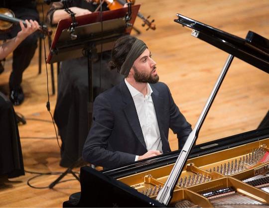 Риад Маммадов, фортепиано