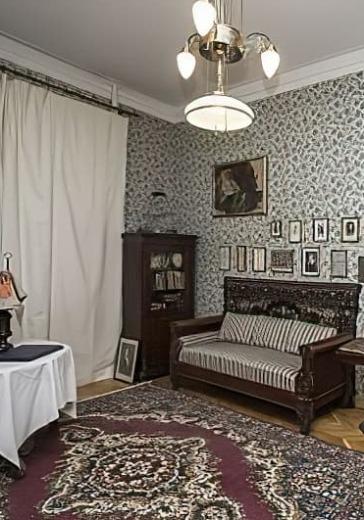 Экскурсия по музею-квартире Евгения Вахтангова logo