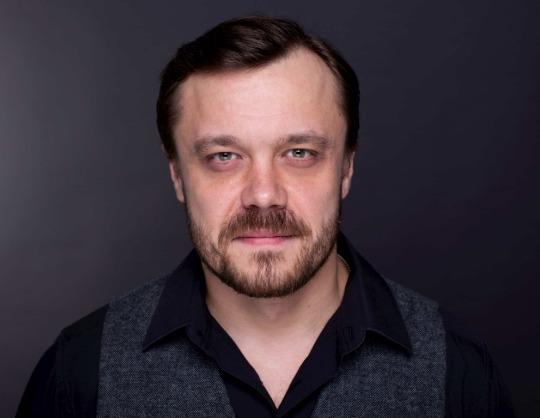 Артур Иванов