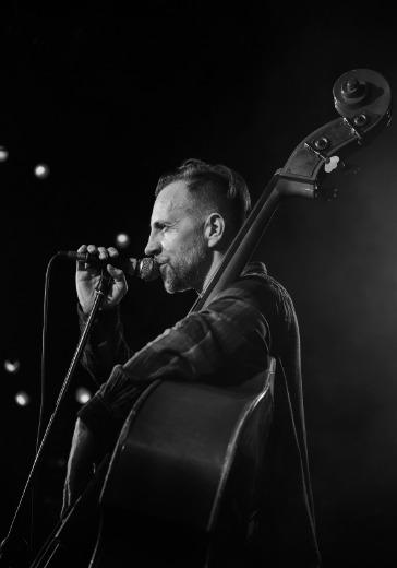 Билли Новик исполняет песни Е. Летова logo
