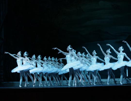 """IX Фестиваль балета в Кремле. Лебединое озеро. П. Чайковский. Спектакль театра """"Кремлёвский балет"""""""