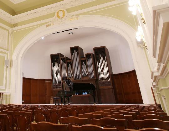 Элеонора Карпухова (фортепиано)